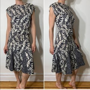 Vintage • Hawaiian print fit flare midi dress